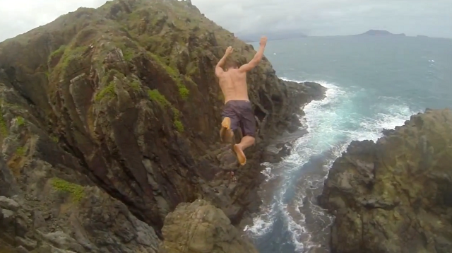 Cliff Jumping In Hawaii (1)