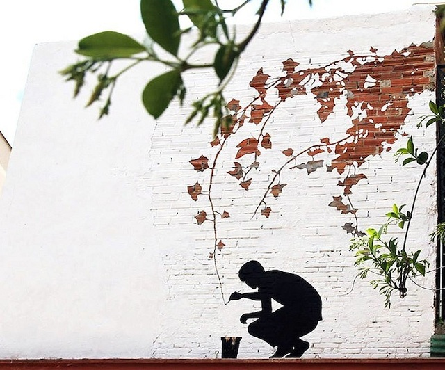 Street Art Fusing with Nature (1)