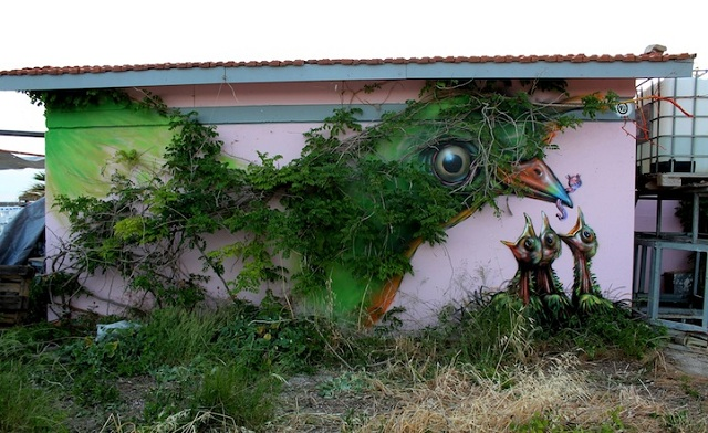 Street Art Fusing with Nature (6)