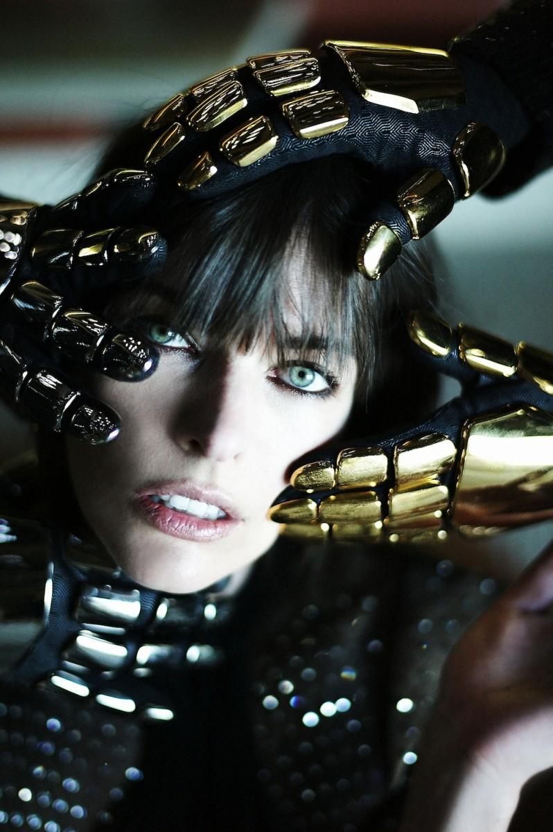 Daft-Punk-and-Milla-Jovovich-2-798x1200